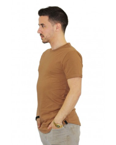 T-shirt oversize fashion camel et basique made in Italy