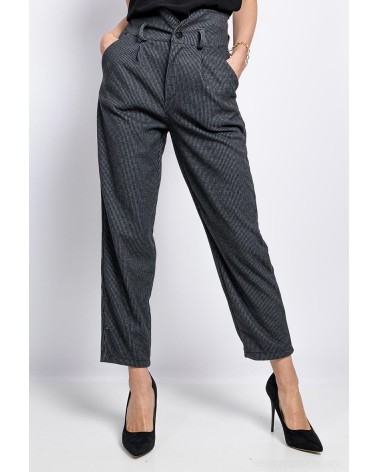 Pantalon chic rayé fabriqué en Italie